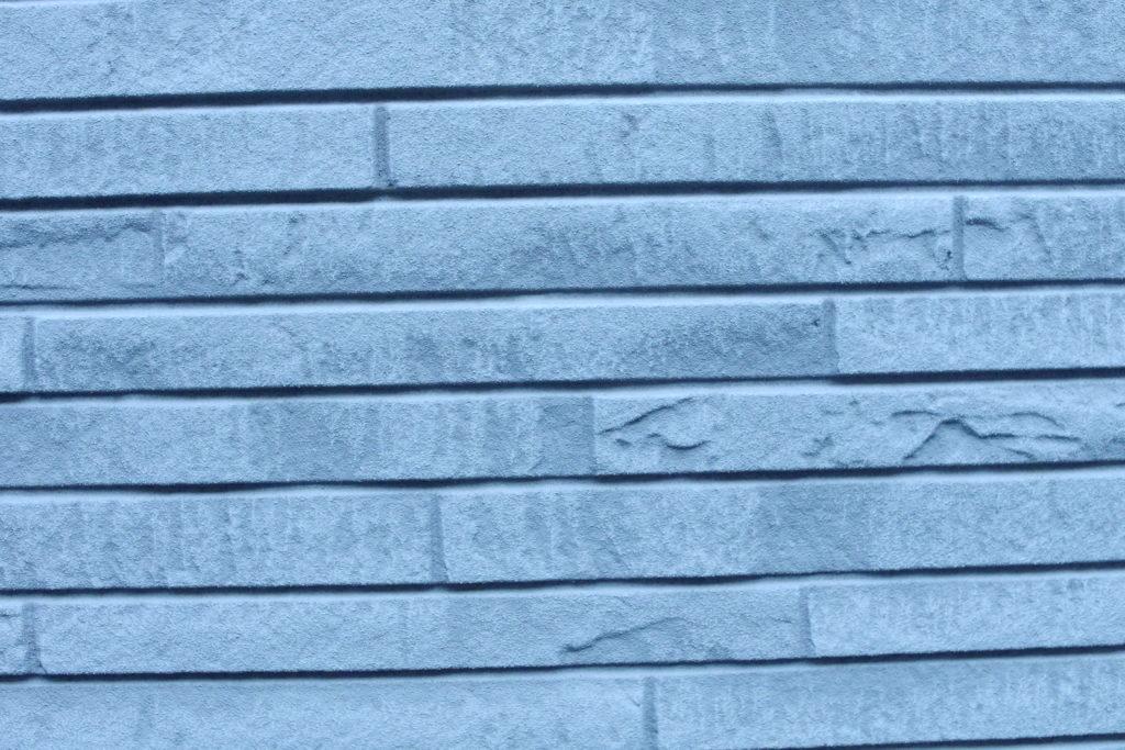 タイル状の壁