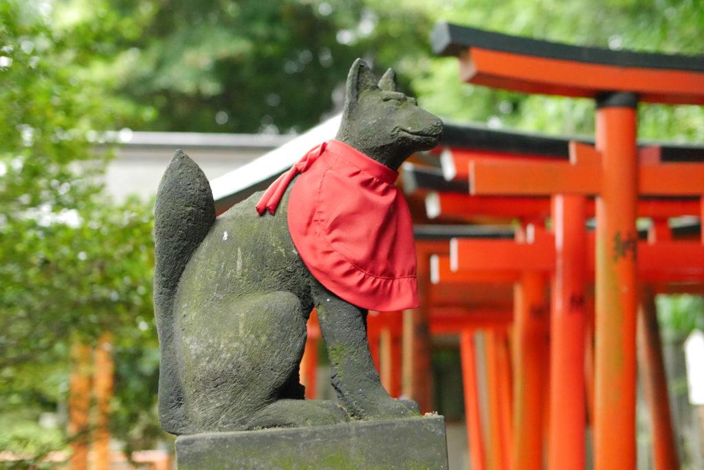 稲荷の神使の狐