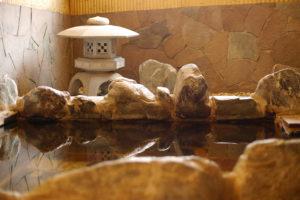 銭湯の岩風呂