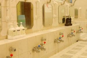 銭湯の洗い場